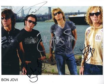Bon Jovi fotografie s podpisy (Originální fotografie Bon Jovi)