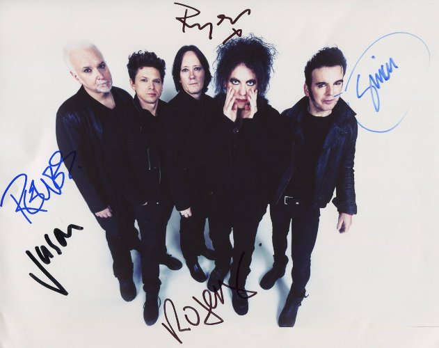 The Cure fotografie s podpisy